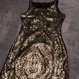 Dresses & Skirts - Semi formal/formal dress